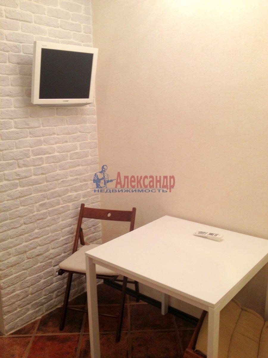 1-комнатная квартира (41м2) в аренду по адресу Варшавская ул., 19— фото 11 из 11