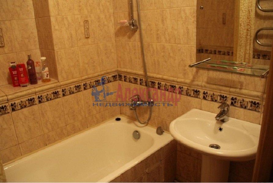1-комнатная квартира (38м2) в аренду по адресу Тореза пр., 38— фото 4 из 4