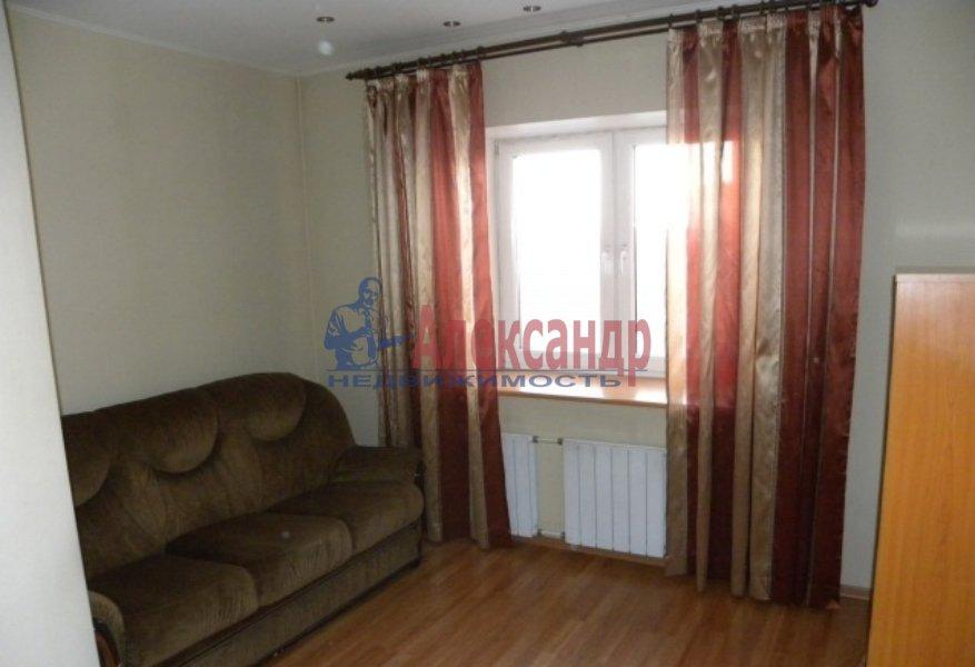4-комнатная квартира (130м2) в аренду по адресу Невский пр., 19— фото 6 из 9