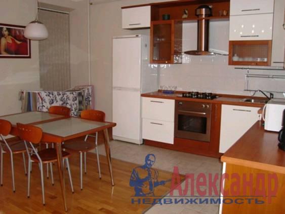 3-комнатная квартира (120м2) в аренду по адресу Восстания ул., 40— фото 3 из 3