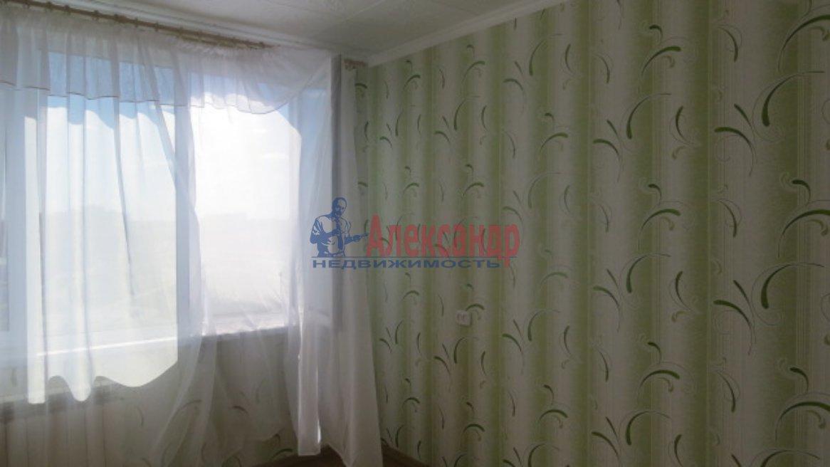 1-комнатная квартира (35м2) в аренду по адресу Нахимова ул., 8— фото 3 из 6