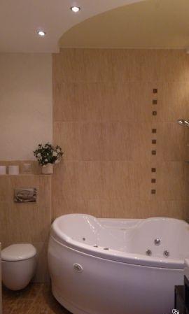 2-комнатная квартира (80м2) в аренду по адресу Кременчугская ул., 11— фото 7 из 7