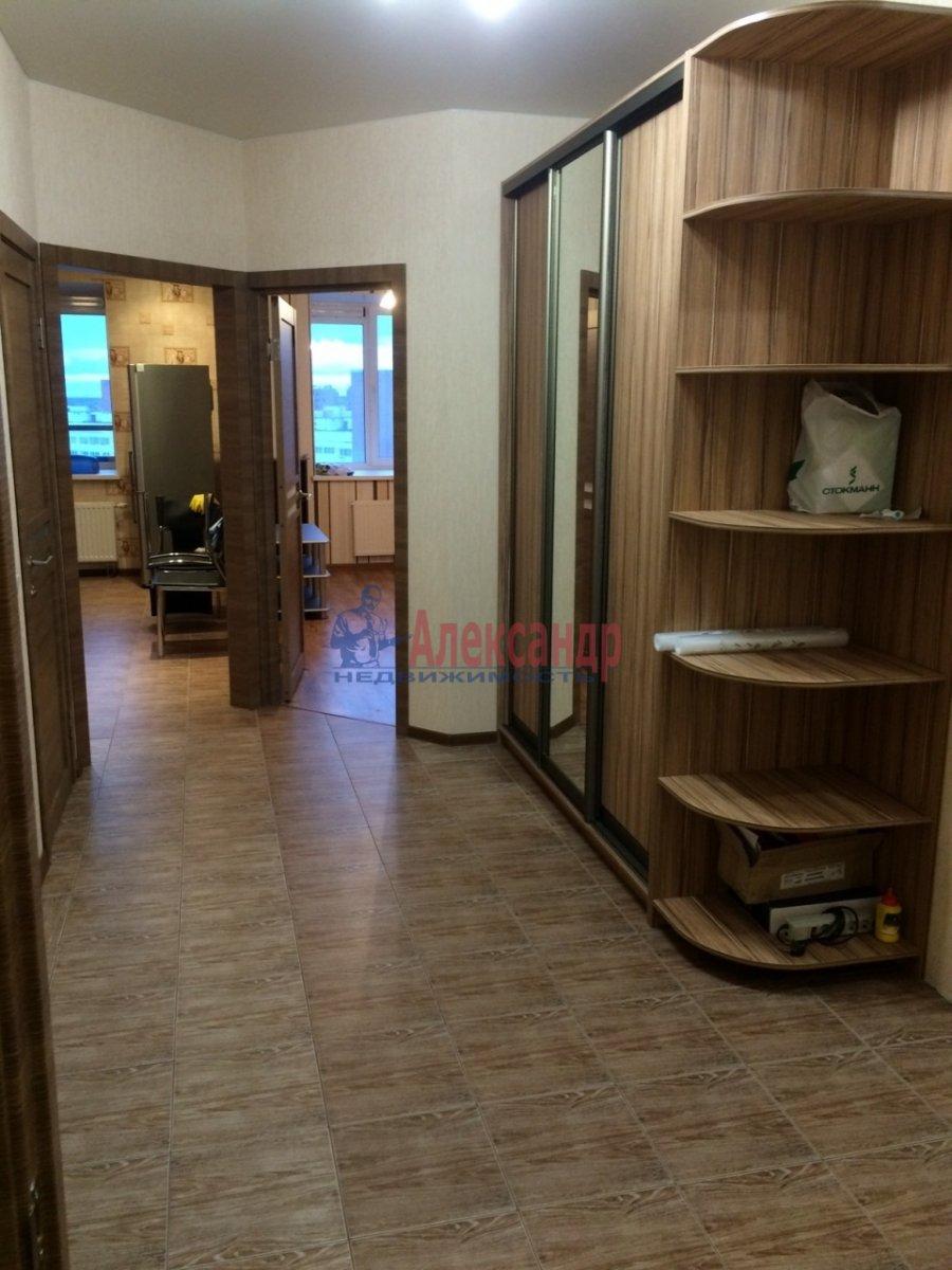 3-комнатная квартира (89м2) в аренду по адресу Коллонтай ул., 5— фото 1 из 18