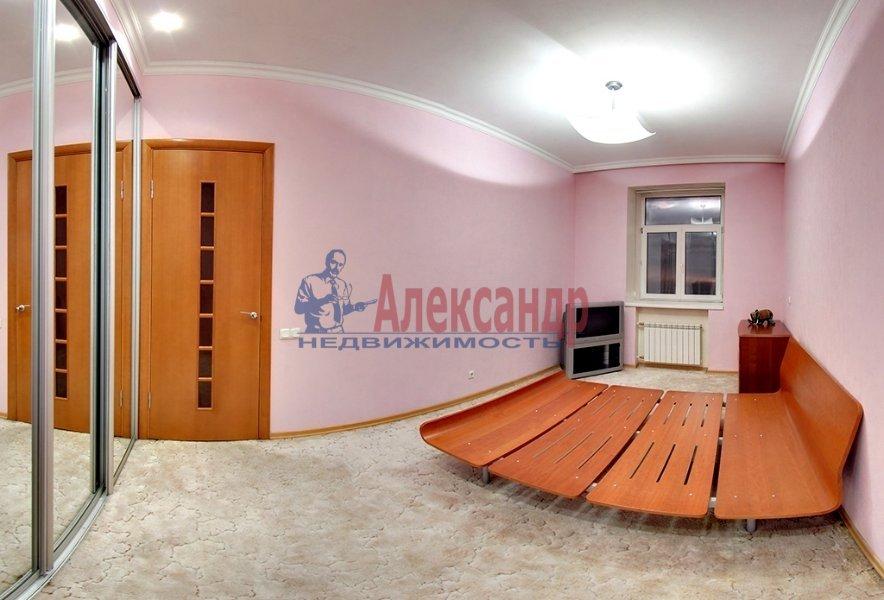 1-комнатная квартира (45м2) в аренду по адресу Марата ул., 19— фото 3 из 4