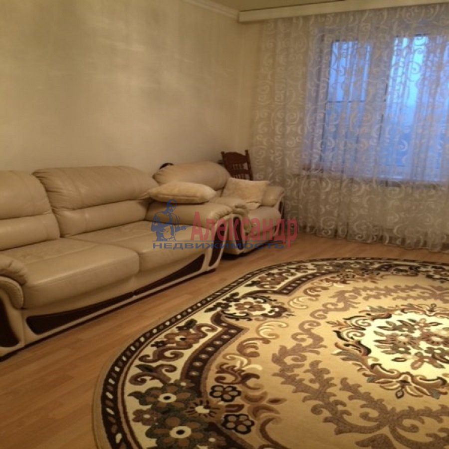 2-комнатная квартира (69м2) в аренду по адресу Ярослава Гашека ул., 15— фото 5 из 9