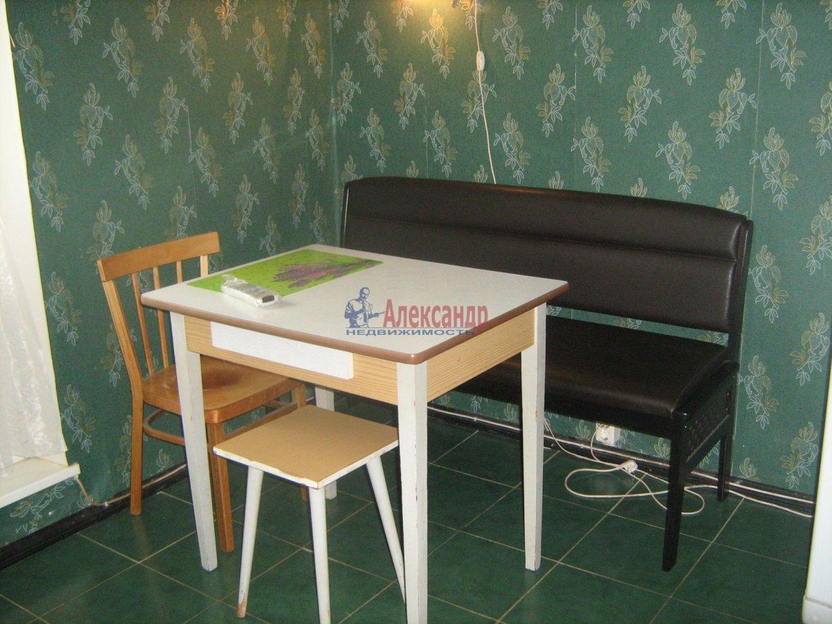 1-комнатная квартира (38м2) в аренду по адресу Дунайский пр., 51— фото 2 из 6