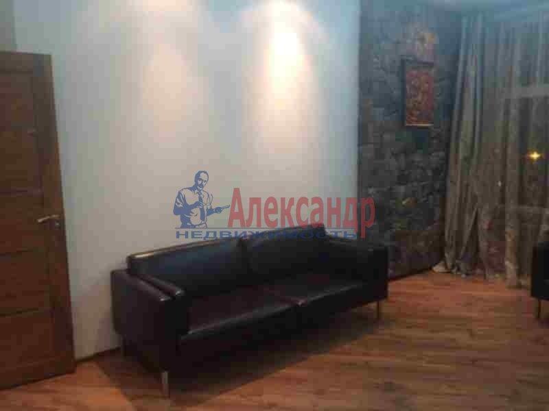 2-комнатная квартира (90м2) в аренду по адресу Петровский пр., 14— фото 4 из 11