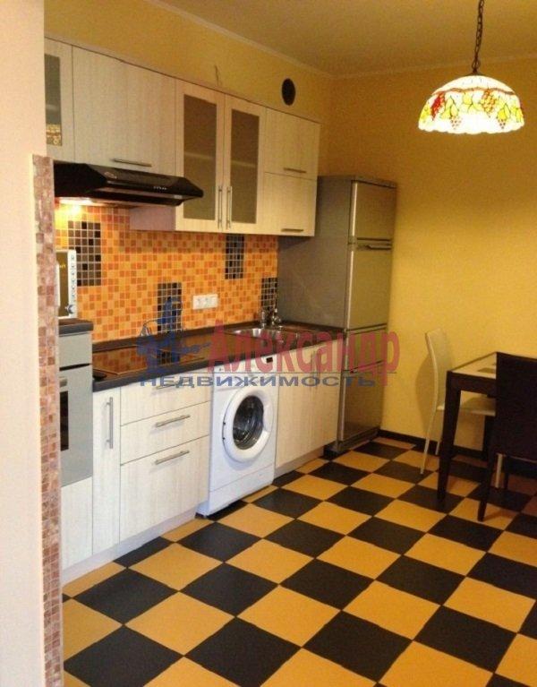 1-комнатная квартира (46м2) в аренду по адресу Кораблестроителей ул., 32— фото 4 из 4
