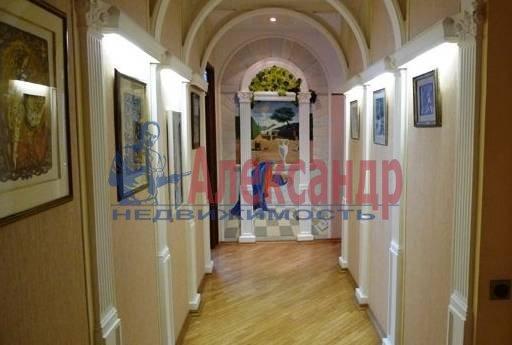 3-комнатная квартира (140м2) в аренду по адресу Захарьевская ул., 16— фото 4 из 4