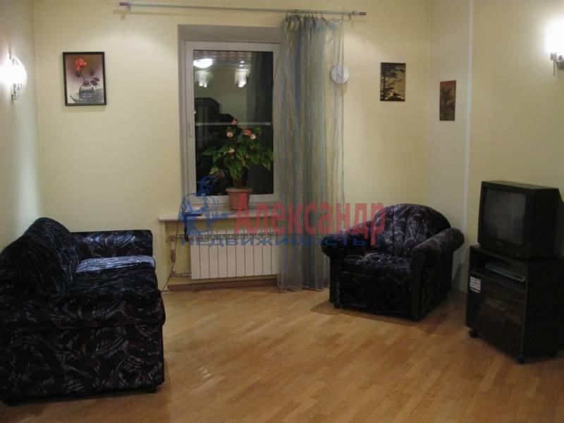 3-комнатная квартира (62м2) в аренду по адресу Ропшинская ул., 32— фото 5 из 11