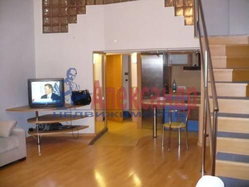 3-комнатная квартира (70м2) в аренду по адресу Невский пр., 100— фото 1 из 6