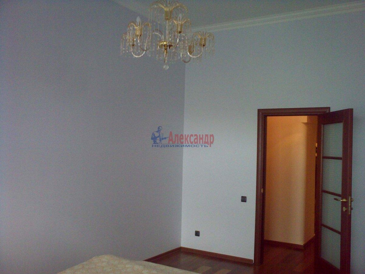 1-комнатная квартира (35м2) в аренду по адресу Десантников ул., 12— фото 1 из 8