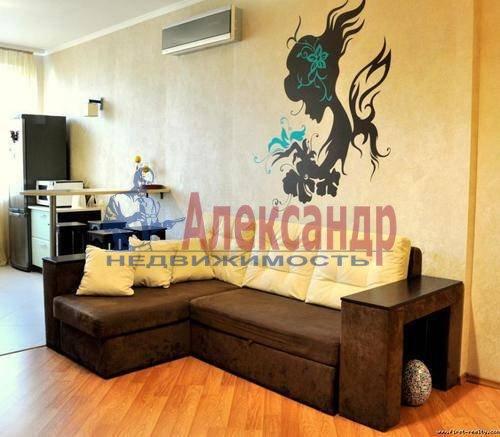 2-комнатная квартира (68м2) в аренду по адресу Энгельса пр., 93— фото 1 из 7