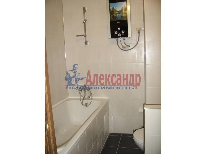 2-комнатная квартира (54м2) в аренду по адресу Дрезденская ул.— фото 5 из 11