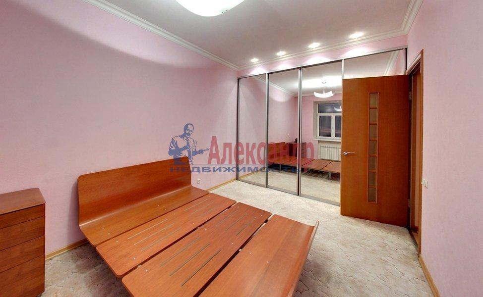 1-комнатная квартира (45м2) в аренду по адресу Марата ул., 19— фото 4 из 4