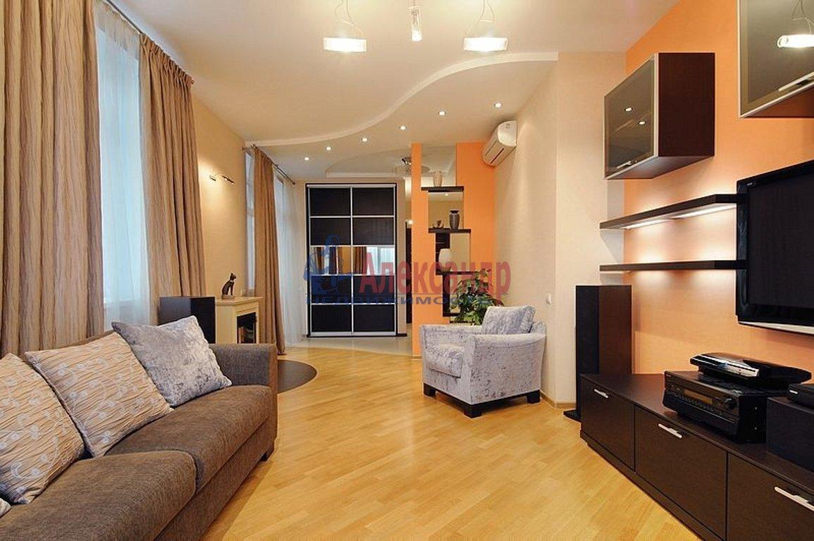 2-комнатная квартира (95м2) в аренду по адресу Барочная ул., 12— фото 1 из 4