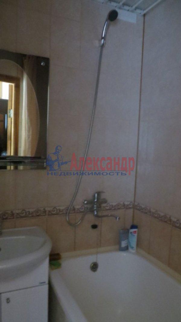 1-комнатная квартира (35м2) в аренду по адресу Нахимова ул., 8— фото 5 из 6