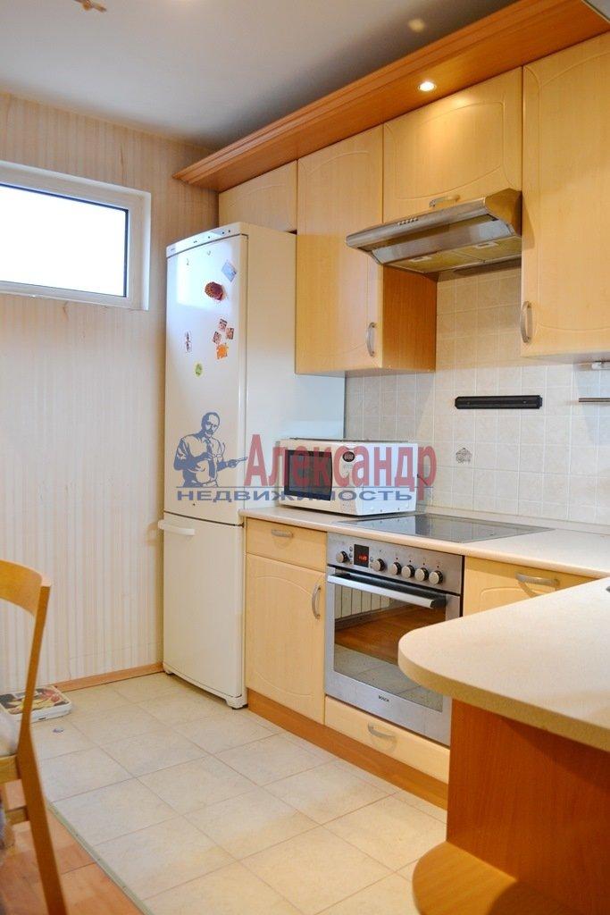 2-комнатная квартира (58м2) в аренду по адресу Турбинная ул., 35— фото 1 из 12