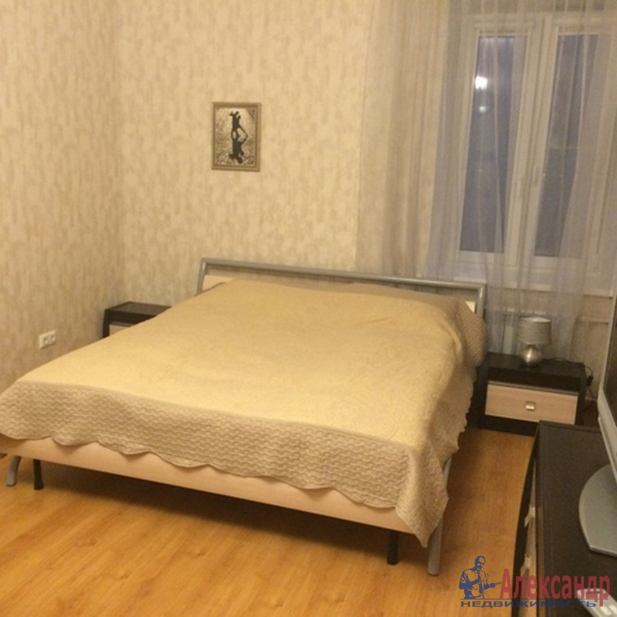 3-комнатная квартира (100м2) в аренду по адресу Боровая ул., 100— фото 2 из 9