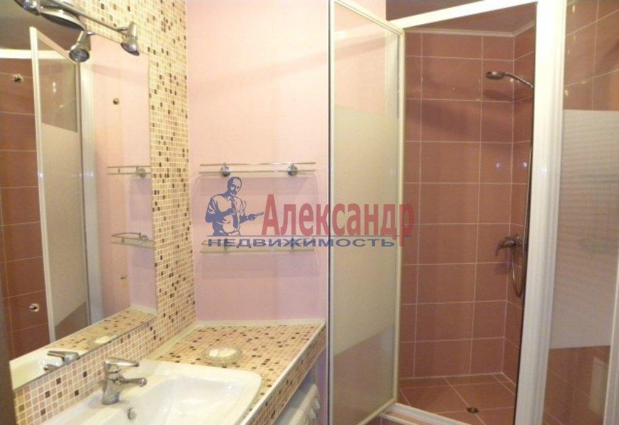 4-комнатная квартира (130м2) в аренду по адресу Невский пр., 19— фото 9 из 9
