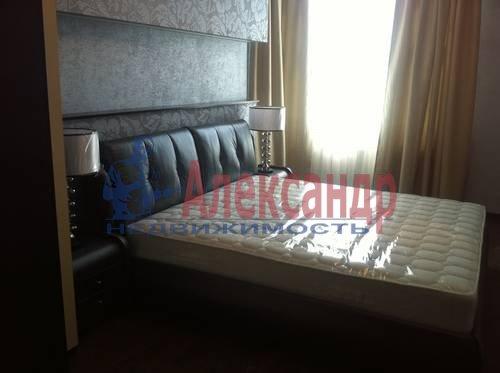3-комнатная квартира (91м2) в аренду по адресу Искровский пр., 22— фото 7 из 8