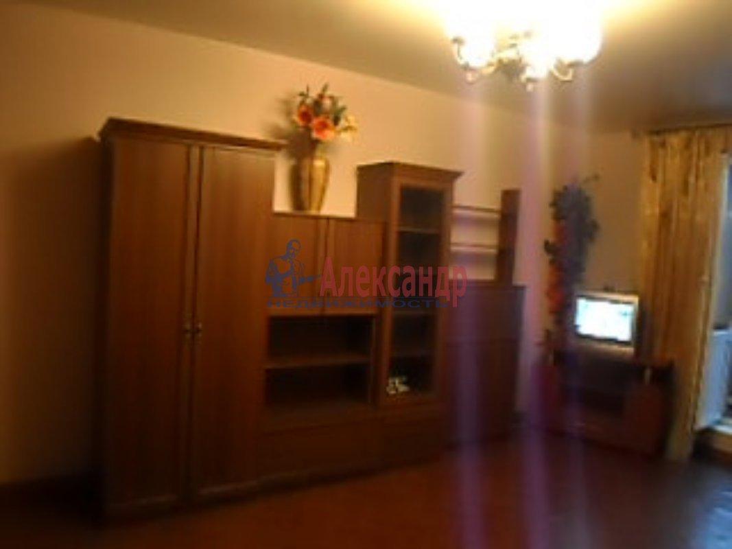 1-комнатная квартира (35м2) в аренду по адресу Олеко Дундича ул.— фото 1 из 6