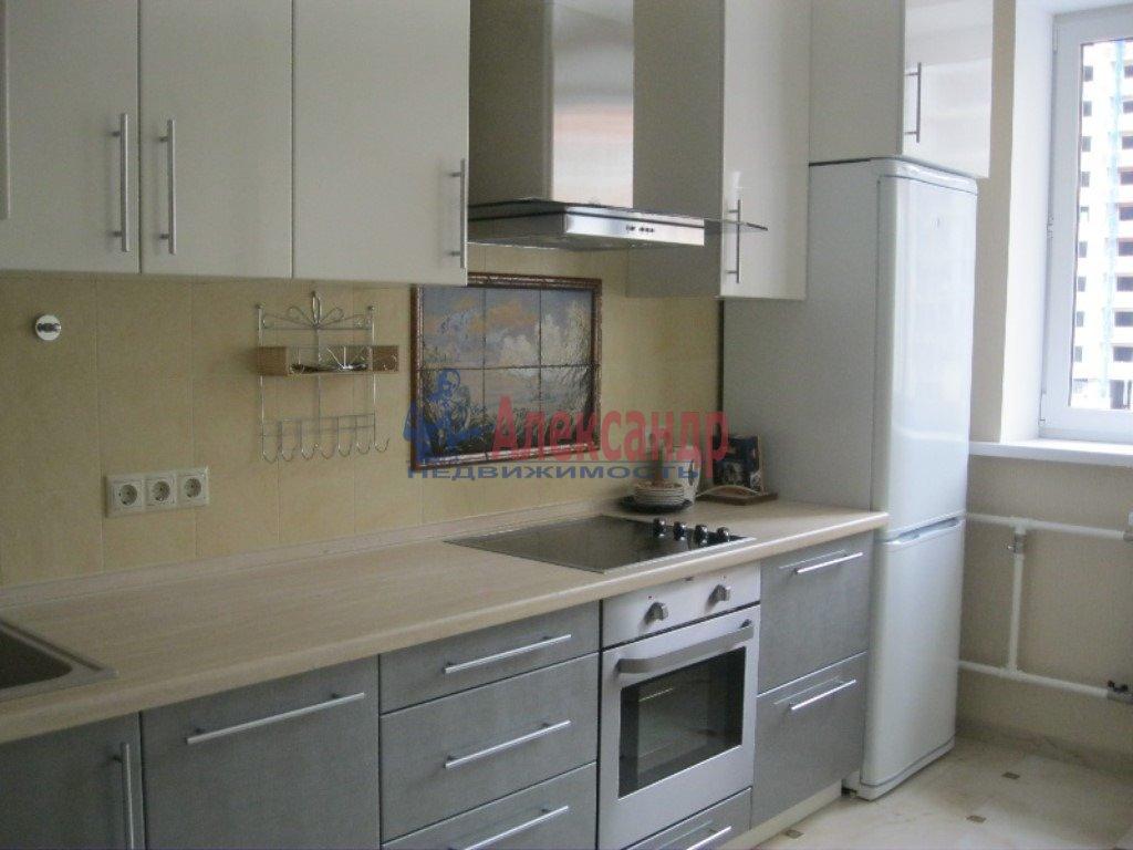 1-комнатная квартира (42м2) в аренду по адресу Чудновского ул., 6— фото 1 из 2