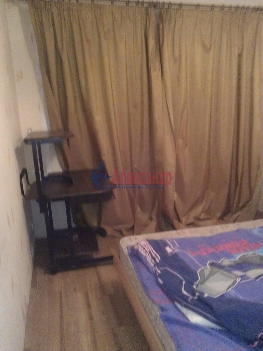 1-комнатная квартира (35м2) в аренду по адресу Красного Курсанта ул., 9— фото 1 из 6