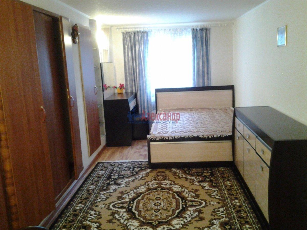 1-комнатная квартира (40м2) в аренду по адресу Блохина ул., 11— фото 1 из 4