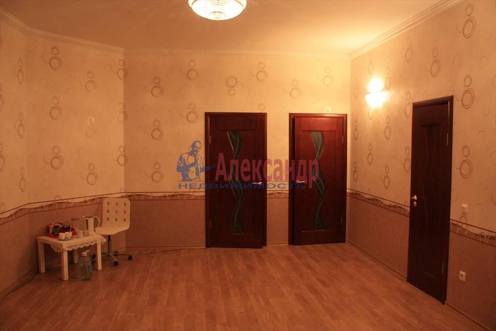 3-комнатная квартира (160м2) в аренду по адресу Беринга ул., 25— фото 3 из 5