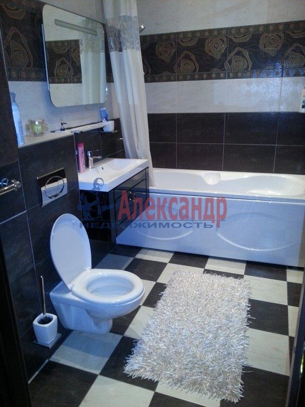 3-комнатная квартира (90м2) в аренду по адресу Петергофское шос., 57— фото 3 из 10