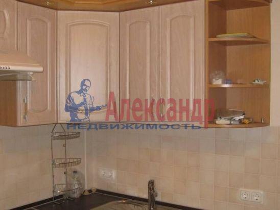 1-комнатная квартира (30м2) в аренду по адресу Чайковского ул., 54— фото 3 из 9