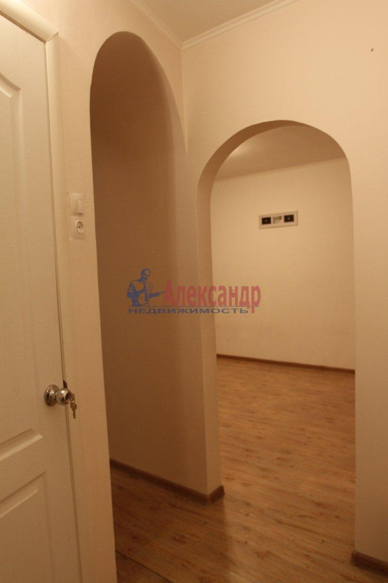 1-комнатная квартира (31м2) в аренду по адресу Будапештская ул., 10— фото 1 из 9