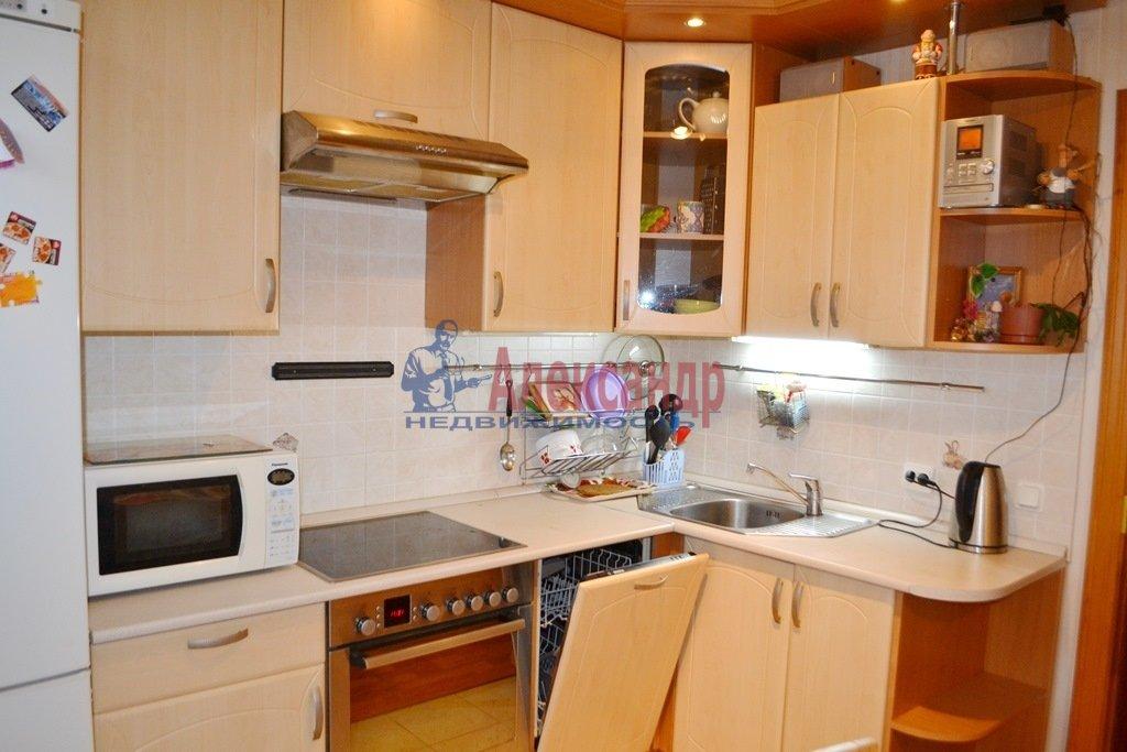 2-комнатная квартира (58м2) в аренду по адресу Турбинная ул., 35— фото 2 из 12