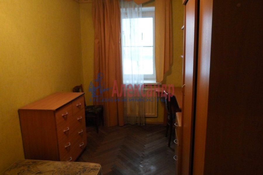 1-комнатная квартира (40м2) в аренду по адресу Взлетная ул., 9— фото 3 из 7
