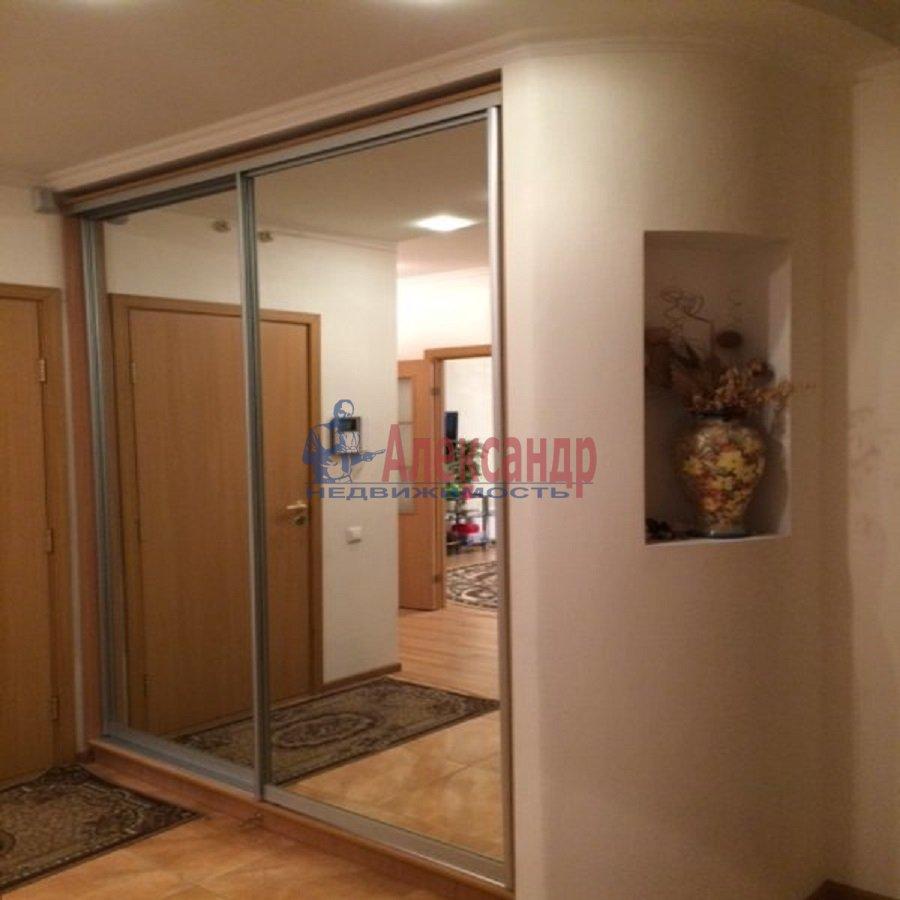 2-комнатная квартира (69м2) в аренду по адресу Ярослава Гашека ул., 15— фото 8 из 9