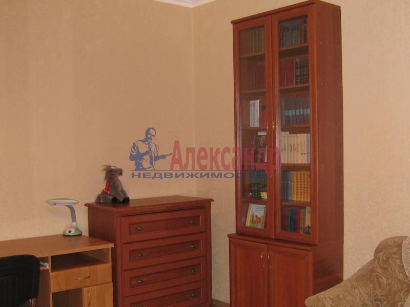 2-комнатная квартира (69м2) в аренду по адресу Учебный пер., 8— фото 4 из 10