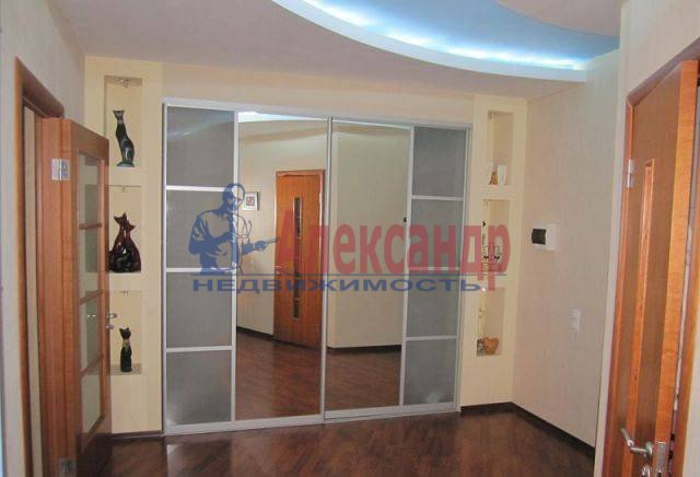 2-комнатная квартира (66м2) в аренду по адресу Энгельса пр., 97— фото 2 из 8