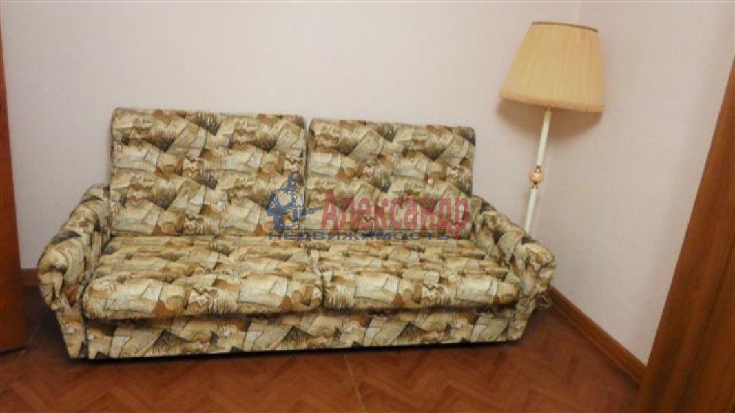 1-комнатная квартира (35м2) в аренду по адресу Олеко Дундича ул.— фото 2 из 6