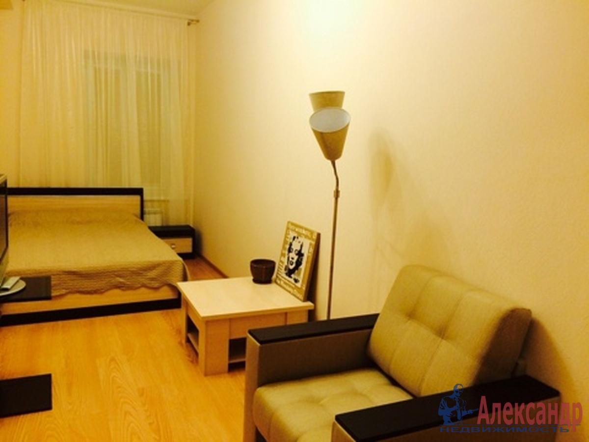 3-комнатная квартира (100м2) в аренду по адресу Боровая ул., 100— фото 1 из 9