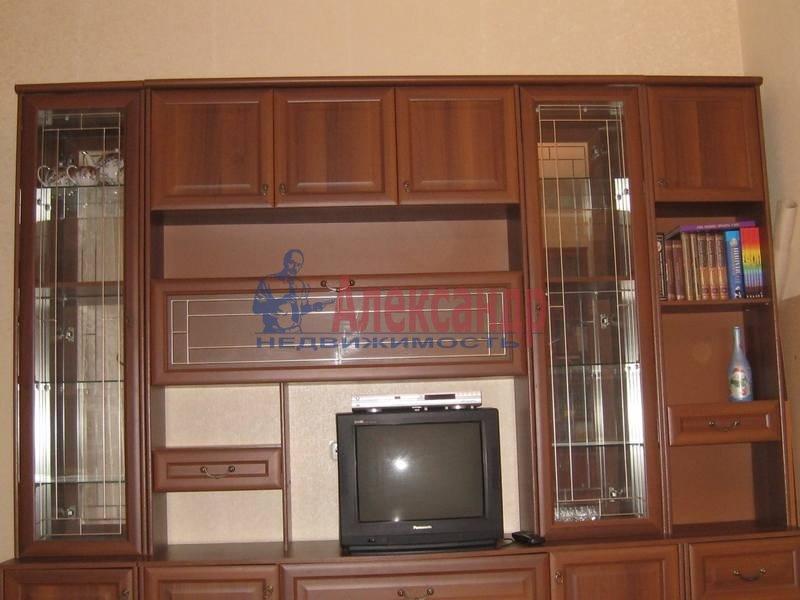 2-комнатная квартира (69м2) в аренду по адресу Учебный пер., 8— фото 7 из 10