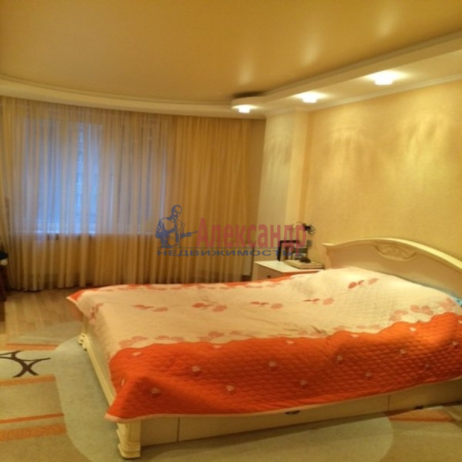 2-комнатная квартира (69м2) в аренду по адресу Ярослава Гашека ул., 15— фото 9 из 9