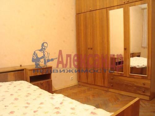 2-комнатная квартира (56м2) в аренду по адресу Большевиков пр., 3— фото 3 из 5