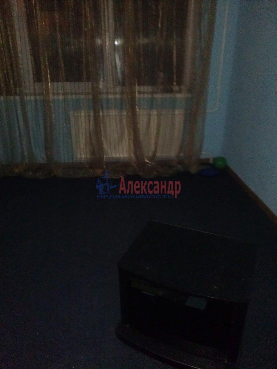 1-комнатная квартира (35м2) в аренду по адресу Красного Курсанта ул., 9— фото 2 из 6