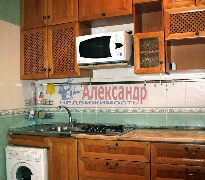 2-комнатная квартира (49м2) в аренду по адресу Школьная ул., 64— фото 1 из 7