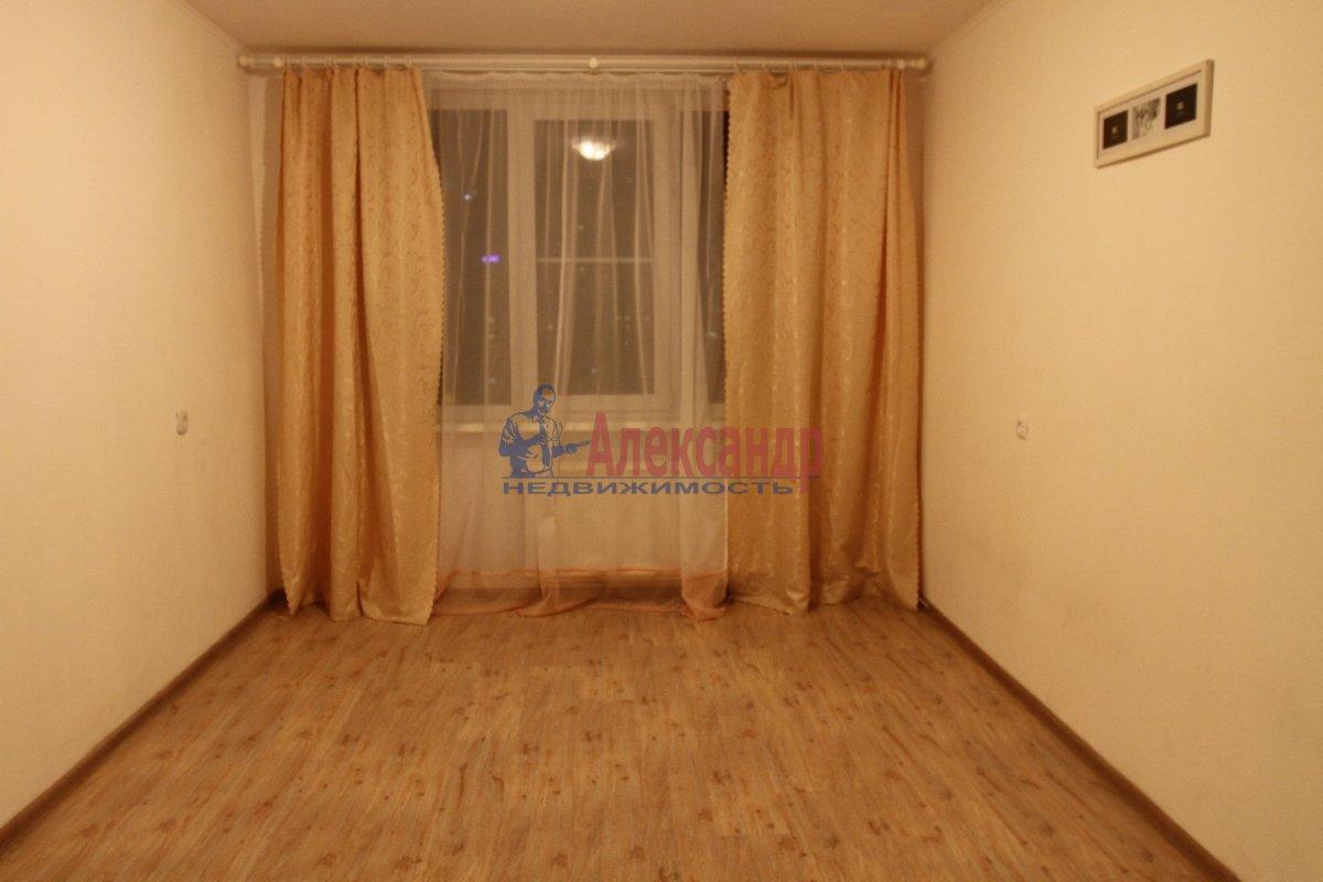 1-комнатная квартира (31м2) в аренду по адресу Будапештская ул., 10— фото 2 из 9