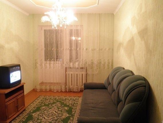 Комната в 3-комнатной квартире (67м2) в аренду по адресу Лесной пр., 75— фото 1 из 2