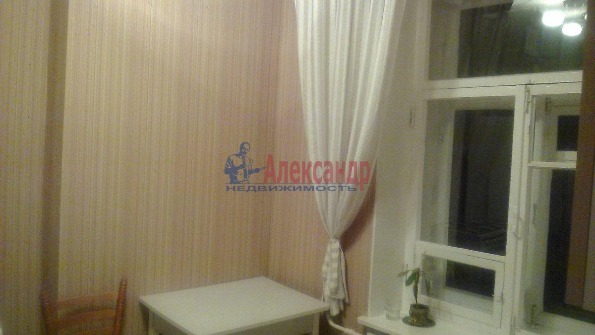 1-комнатная квартира (45м2) в аренду по адресу 5 Советская ул., 96— фото 3 из 8