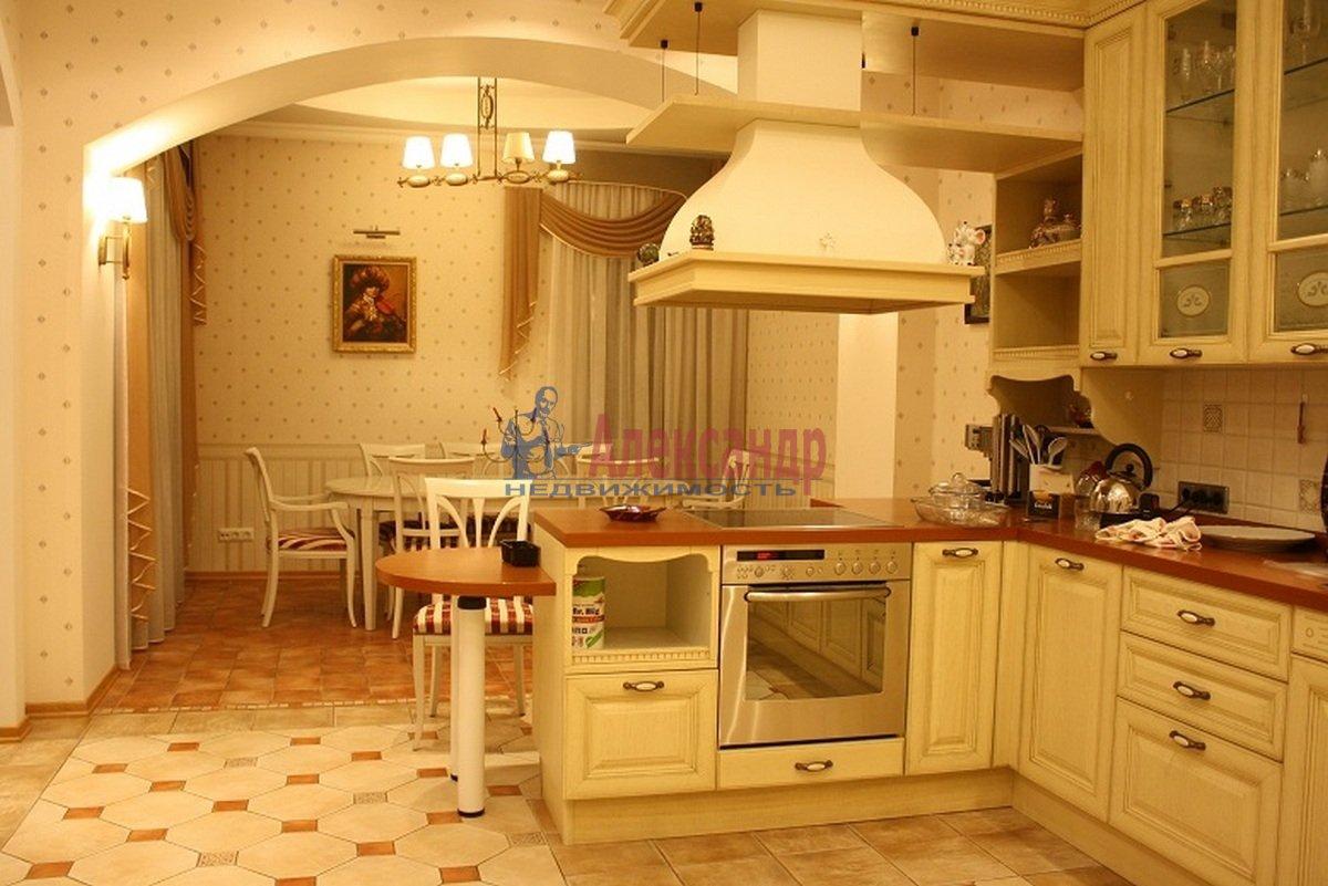 5-комнатная квартира (165м2) в аренду по адресу Большая Московская ул., 14— фото 3 из 12