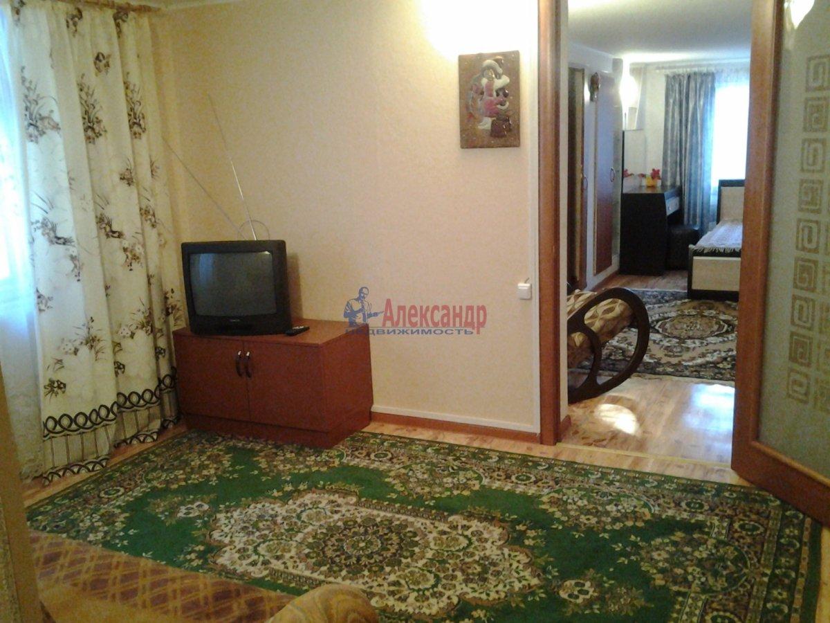 1-комнатная квартира (40м2) в аренду по адресу Блохина ул., 11— фото 2 из 4